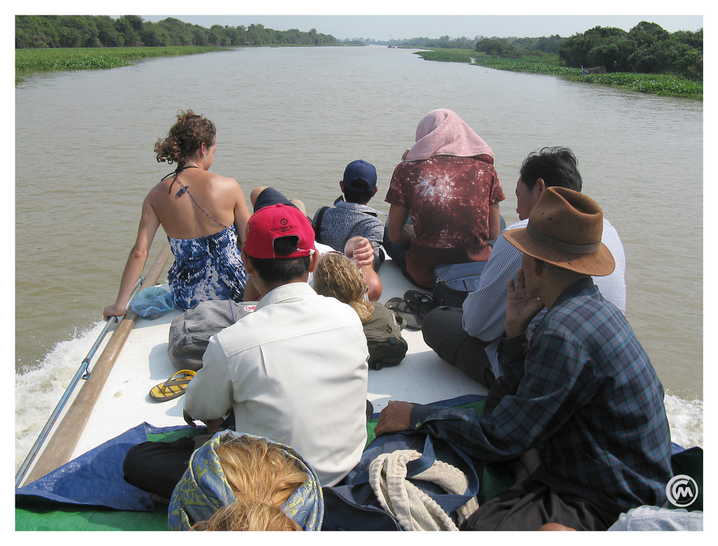 The twenty-odd metre long ferry is at most three to four meters wide, contains a cubicle toilet and accommodates some fifty people for the ferry ride from Battambang to Siem Reap in Cambodia
