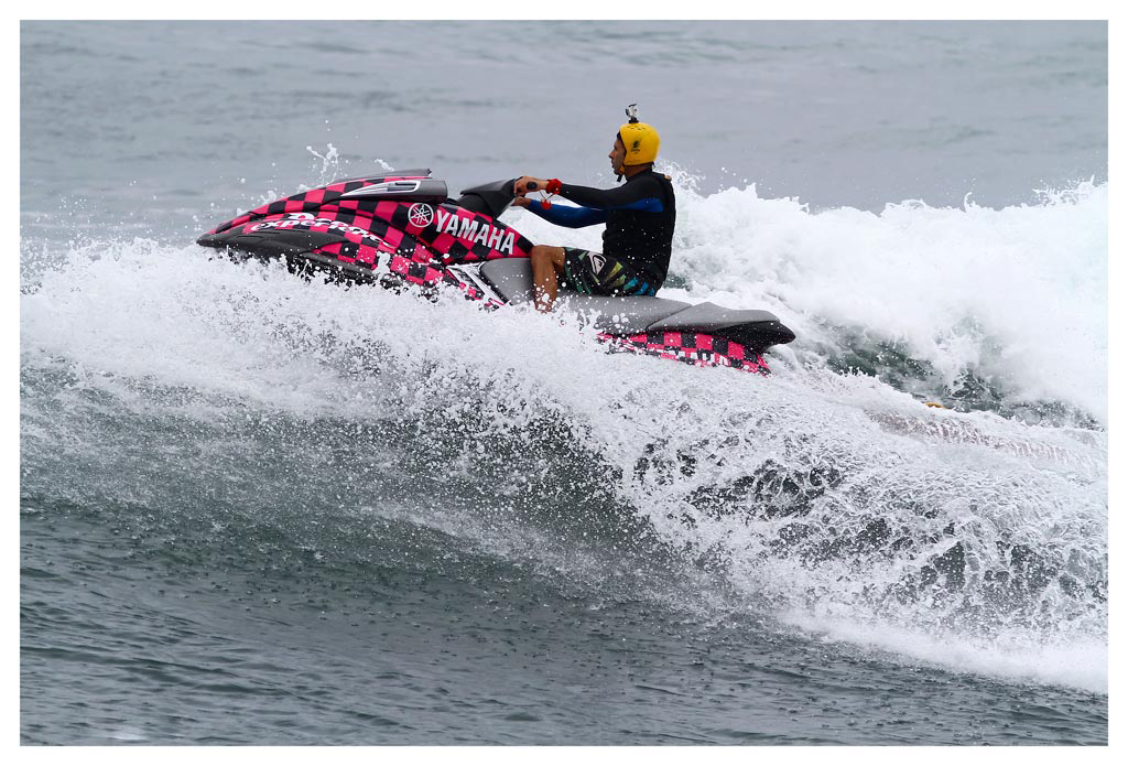 Clinton Cilliers big wave tow in specialist for Jason Ribbink during cyclone Irina